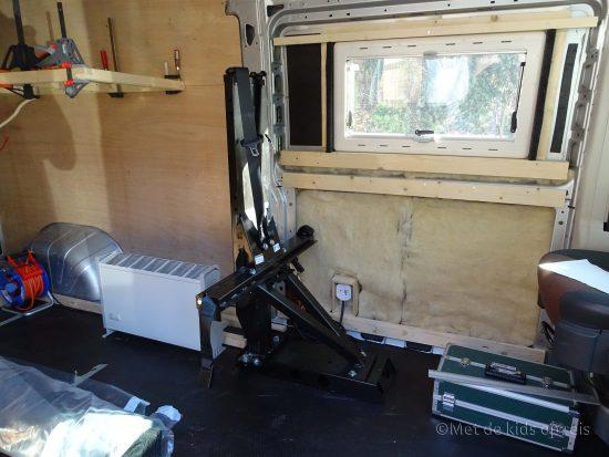 Gordelbok voor extra goedgekeurde zitplaatsen in de zelfbouw camper