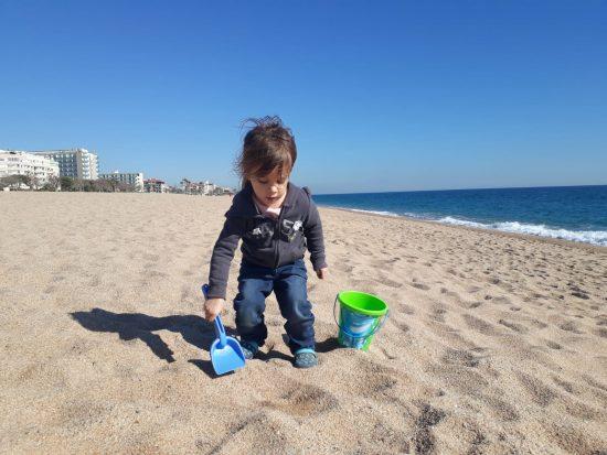 Esmee op het strand