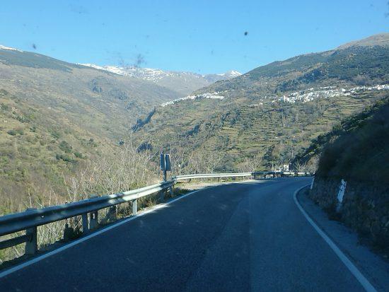 Rijden door de Sierra Nevada